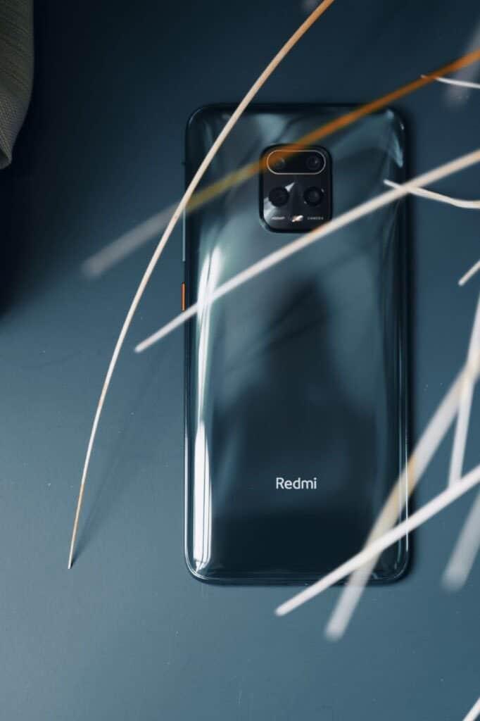 Redmi 10X показали на живых фото и видео с распаковкой