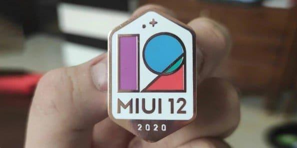 Выпуск MIUI 12 для восьми смартфонов Xiaomi отложен