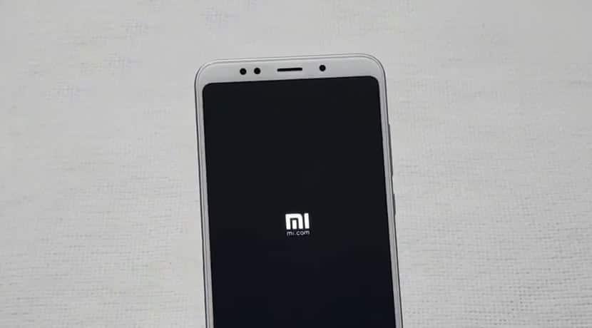Xiaomi логотип Mi
